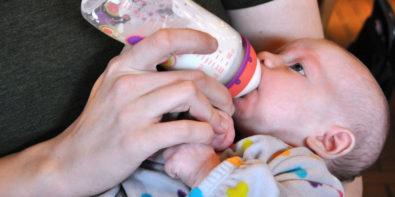 7 bottle feeding tips