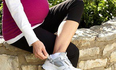 shoes-for-pregnant-women-thumb.jpg