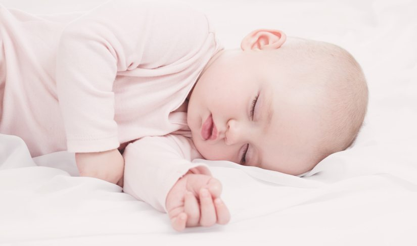 ultimate guide to white noise sound machines for  babies
